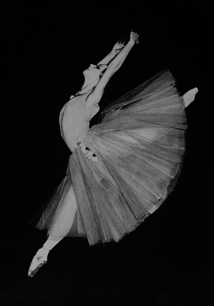 Cristina Pora Jump- dc
